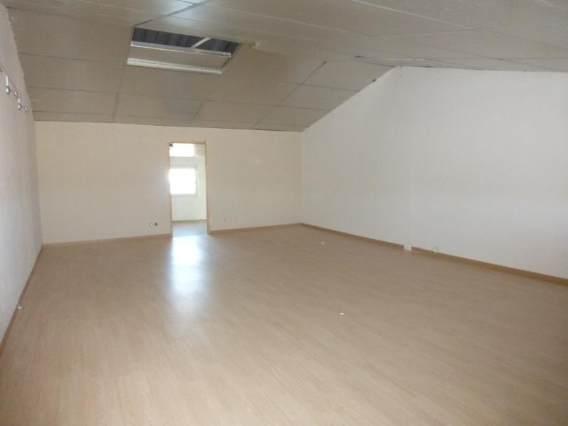 Location local commercial St maximin la ste baume 1 350€ HT/HC - Photo 2