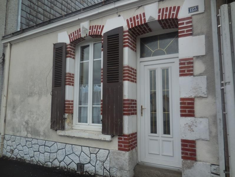 Location maison / villa La roche sur yon 610€ CC - Photo 1