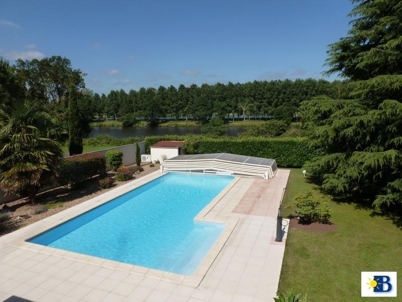 Vente maison / villa Chatellerault 376200€ - Photo 6