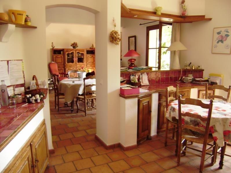 Deluxe sale house / villa Salon de provence 574000€ - Picture 6