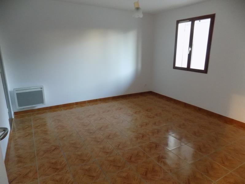 Rental apartment St pee sur nivelle 690€ CC - Picture 2