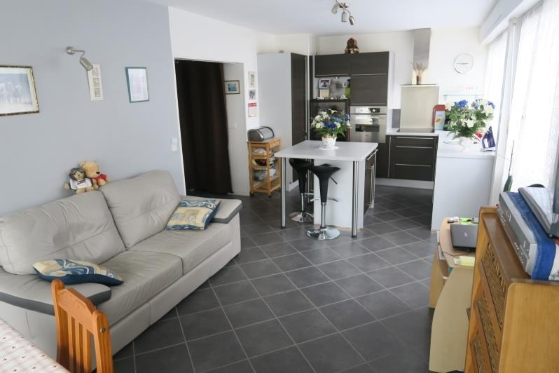 Sale apartment Verrieres le buisson 255 000€ - Picture 2