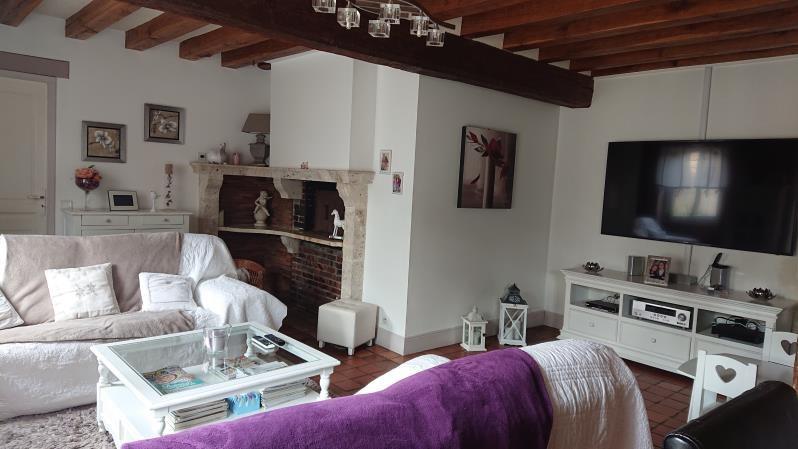 Sale house / villa Jouy 358000€ - Picture 1