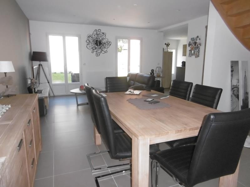 Sale house / villa Chambly 274000€ - Picture 2