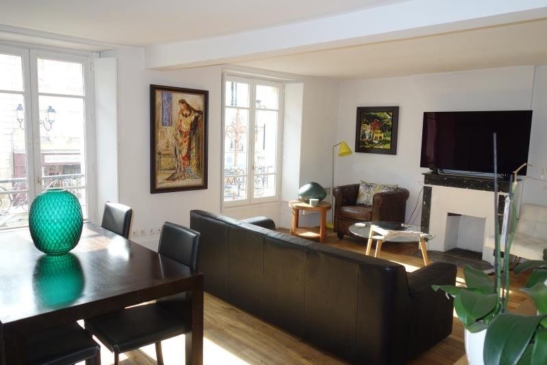 Sale apartment Versailles 549 000€ - Picture 1