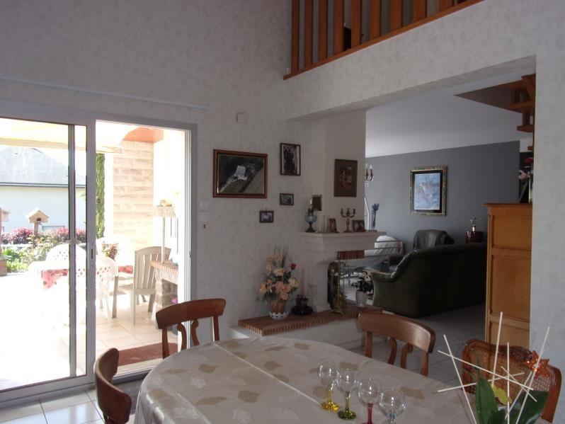 Vente maison / villa Chateaubourg 301600€ - Photo 2