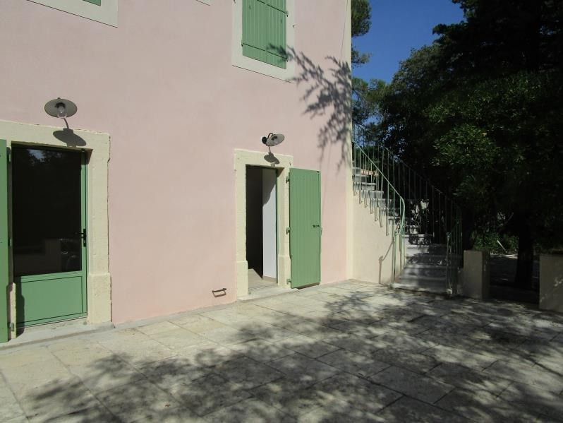 Location maison / villa Nimes 850€ CC - Photo 2