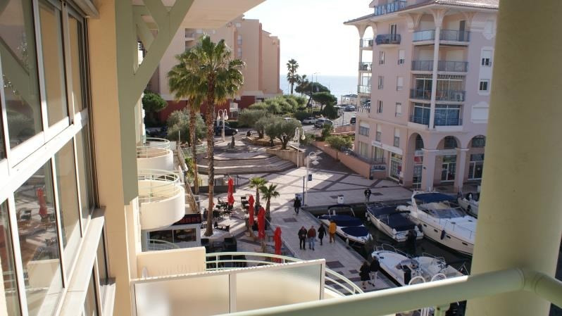 Deluxe sale apartment Frejus 535 000€ - Picture 6