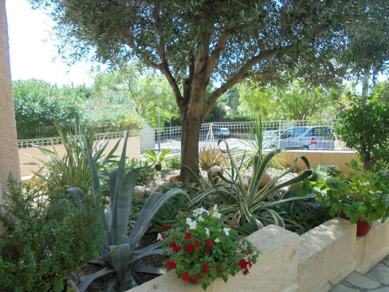 Sale house / villa Saint esteve 440 000€ - Picture 2