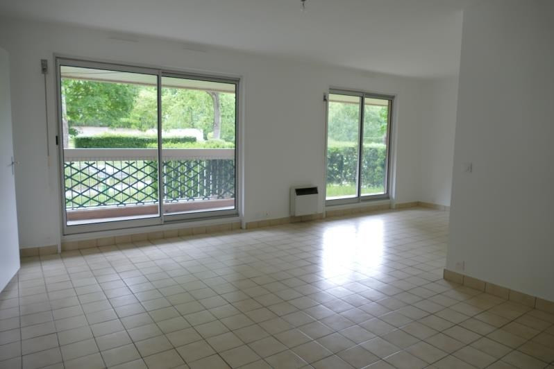 Sale apartment Verrieres le buisson 375 000€ - Picture 2