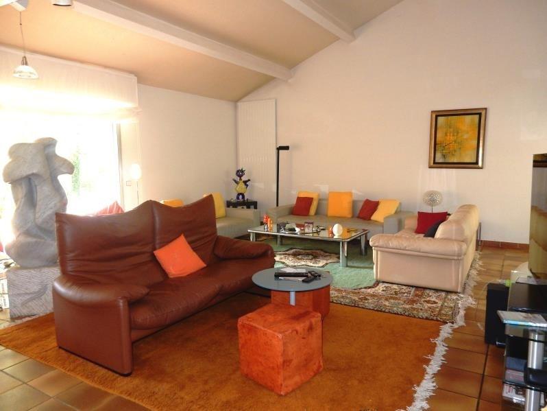 Revenda residencial de prestígio casa Roussillon 599000€ - Fotografia 6