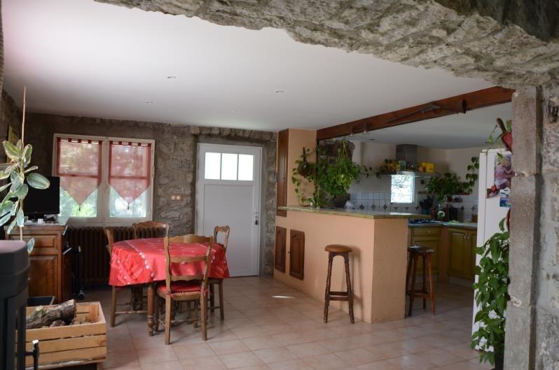 Sale house / villa Ruoms 296800€ - Picture 5