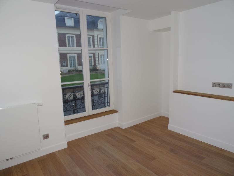Rental apartment L isle adam 1220€ CC - Picture 2