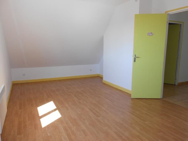 Rental house / villa Plessis barbuise 770€ CC - Picture 6