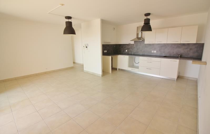 Location appartement Speracedes 780€ CC - Photo 4
