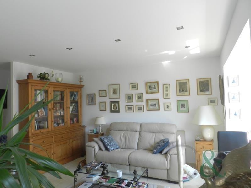 Sale apartment Le lavandou 275600€ - Picture 1