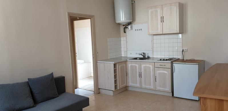 Rental apartment Montfort-l'amaury 480€ CC - Picture 1