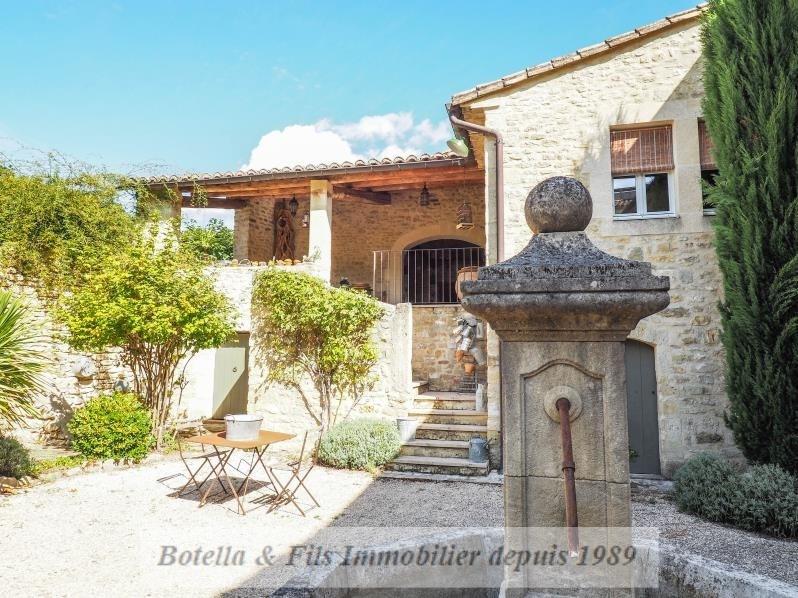 Venta de prestigio  casa Uzes 1690000€ - Fotografía 2
