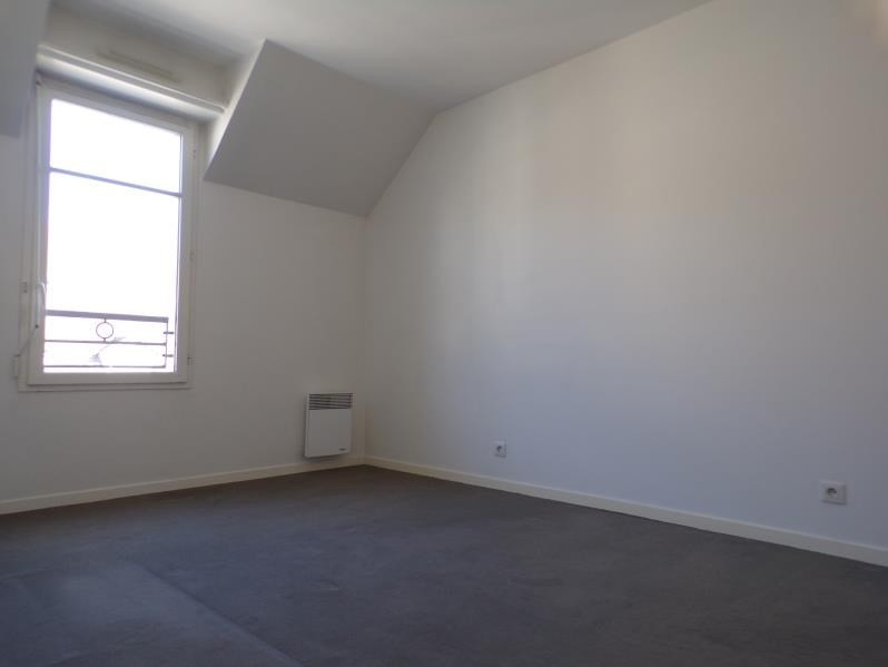 Rental apartment Buc 880€ CC - Picture 2