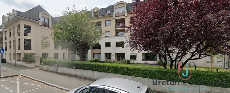 Sale apartment Laval 56500€ - Picture 1