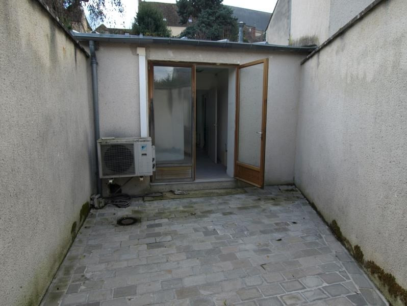 Vente local commercial Montfort l amaury 241 500€ - Photo 2