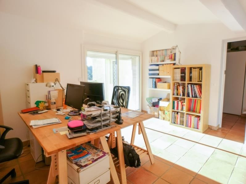 Deluxe sale house / villa Rousset 566000€ - Picture 9