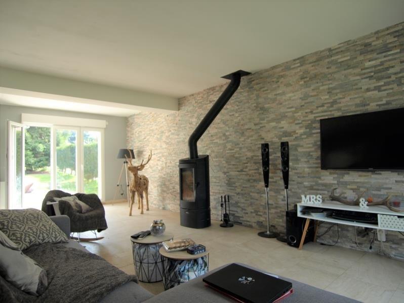 Sale house / villa Montfort l amaury 439000€ - Picture 4