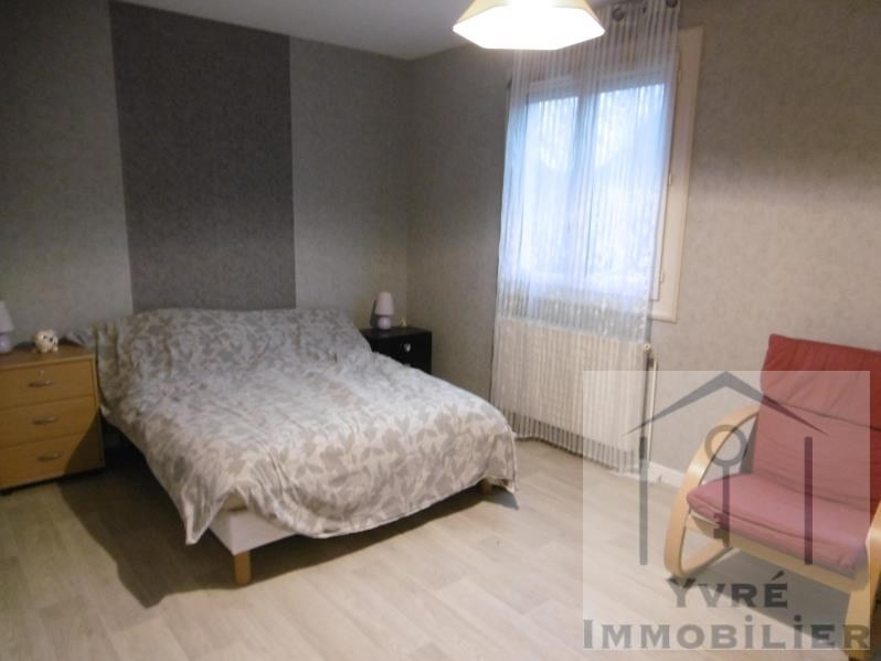 Sale house / villa Yvre l'eveque 156880€ - Picture 5