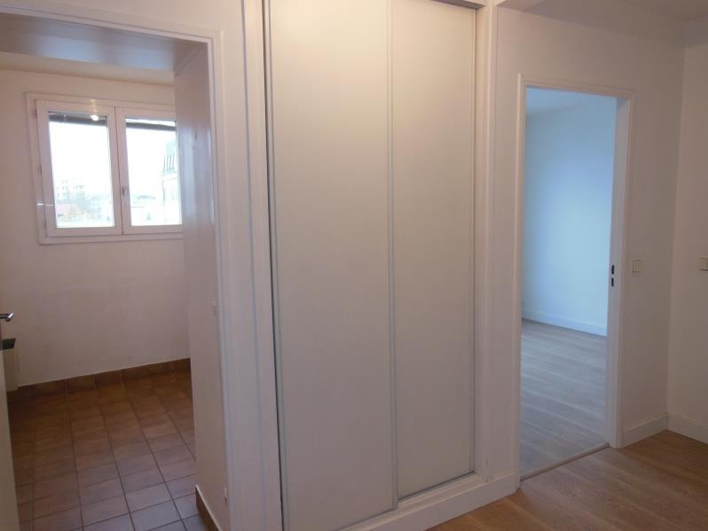 Rental apartment Viroflay 981€ CC - Picture 3
