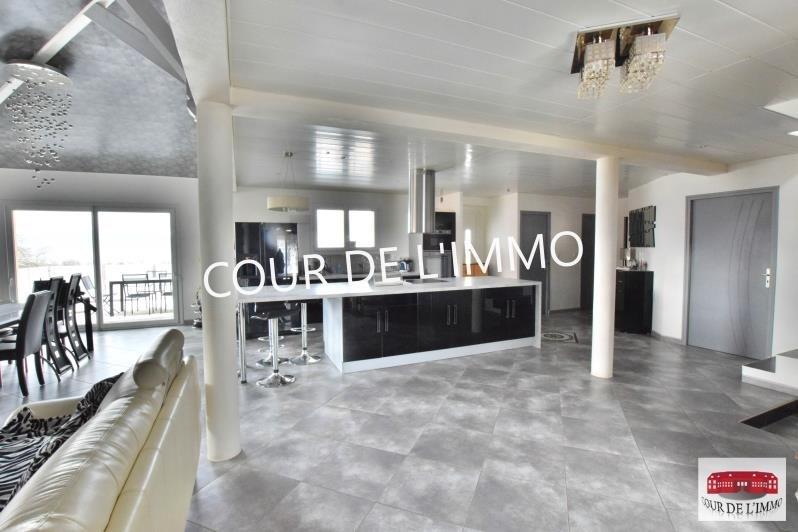Deluxe sale house / villa Faucigny 645000€ - Picture 2