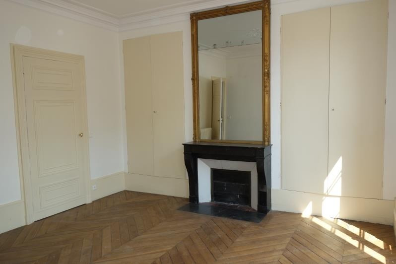 Sale apartment Versailles 813 700€ - Picture 3
