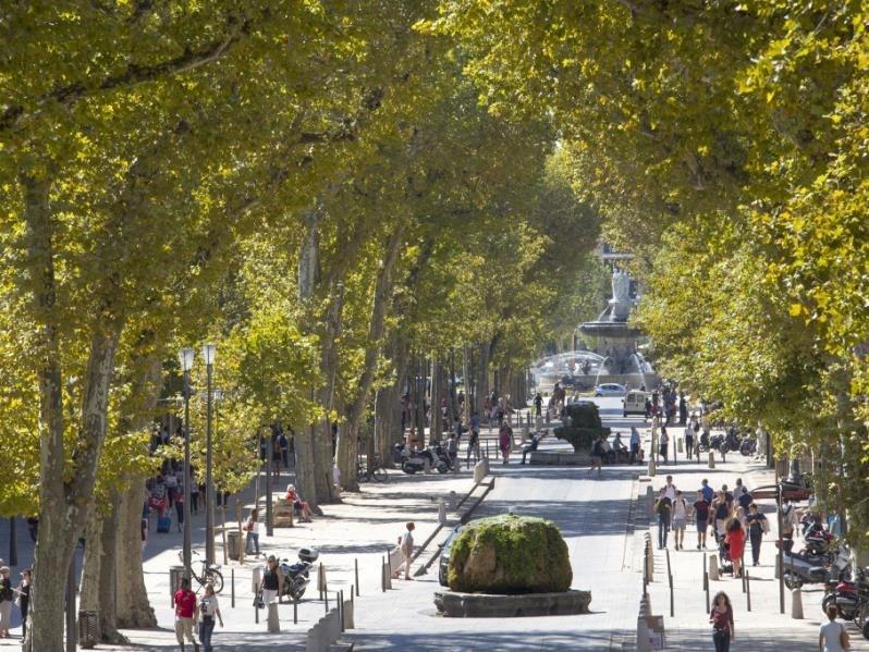 Sale shop Aix en provence 480000€ - Picture 1