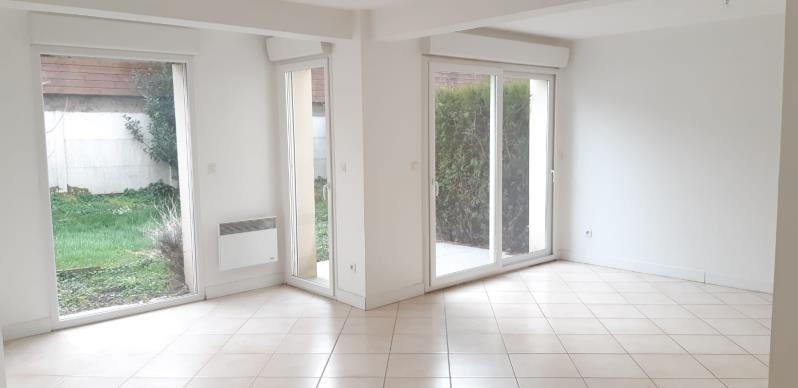 Location maison / villa Morainvilliers 1590€ CC - Photo 2