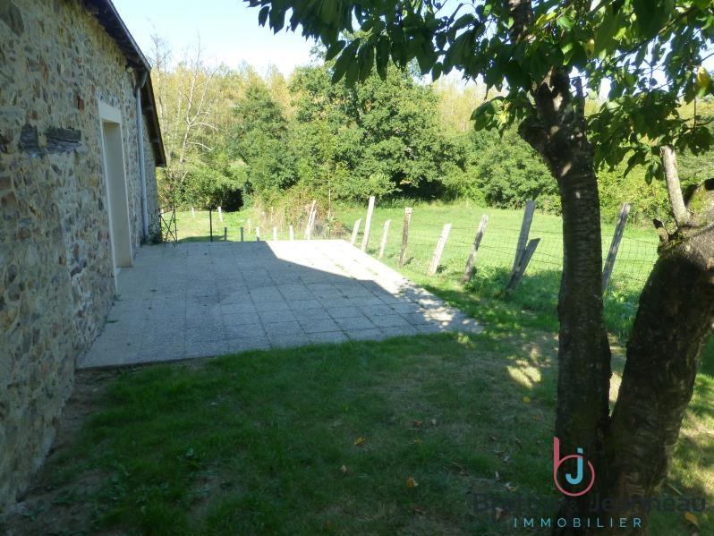 Sale house / villa Loiron 139880€ - Picture 6