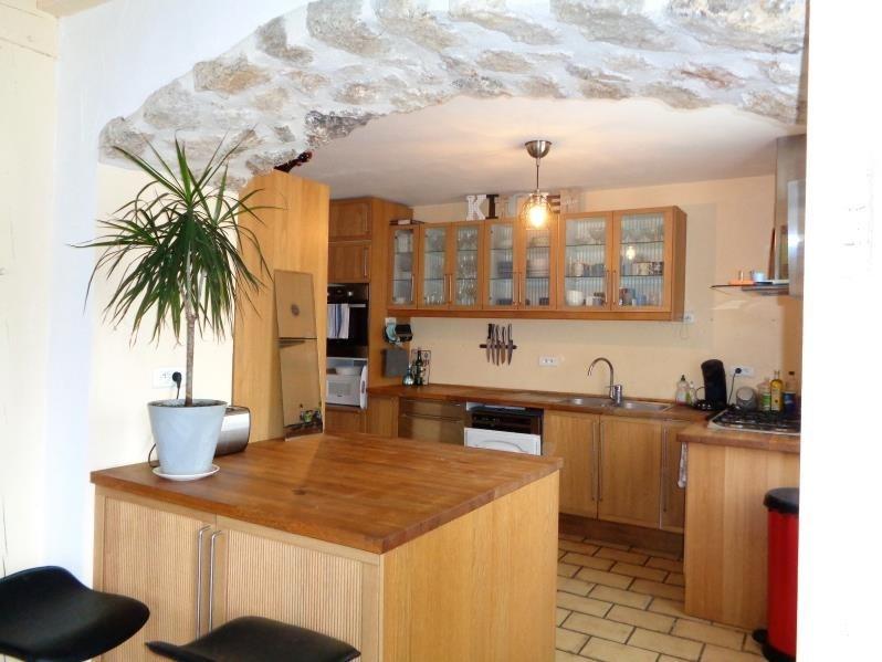 Sale house / villa Forges les bains 468000€ - Picture 2