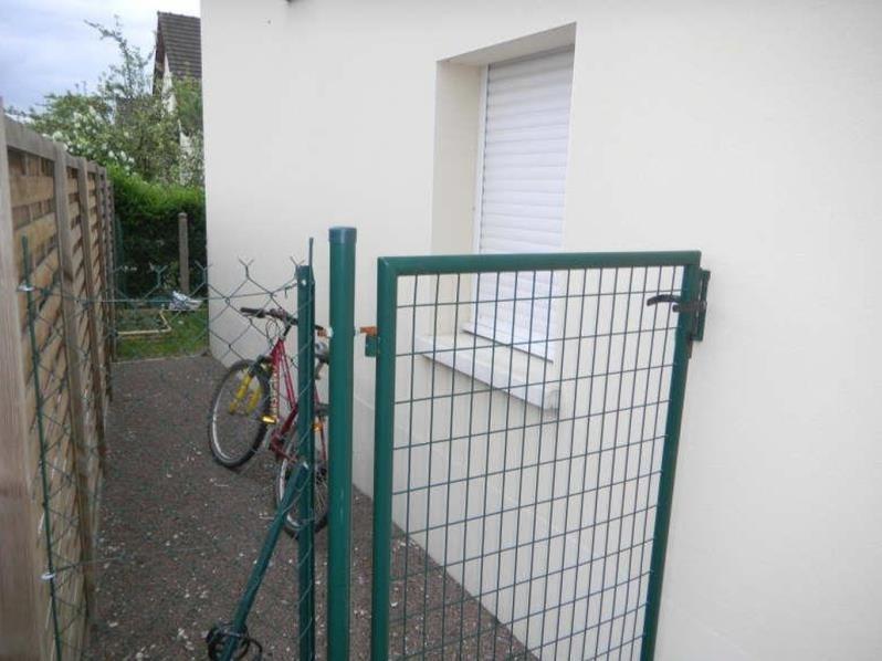 Location appartement St julien les villas 320€ CC - Photo 5