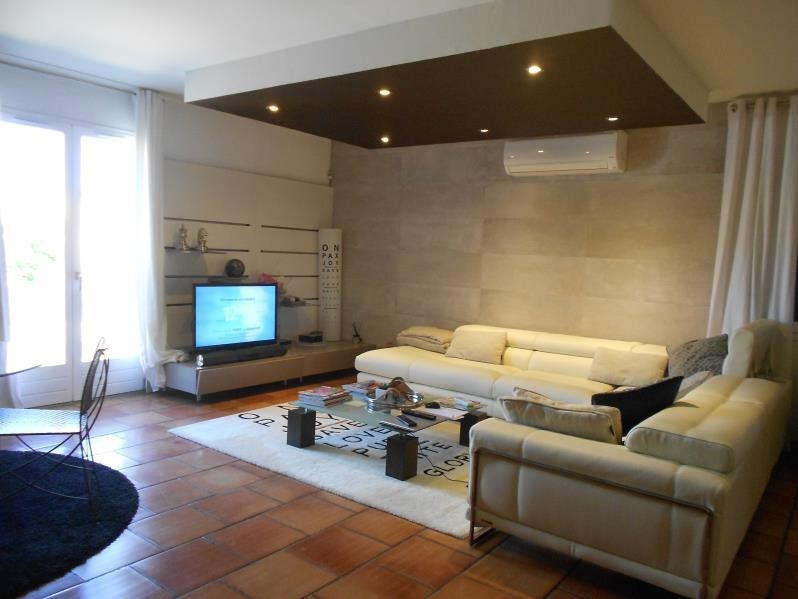 Sale house / villa Milhaud 346 500€ - Picture 4