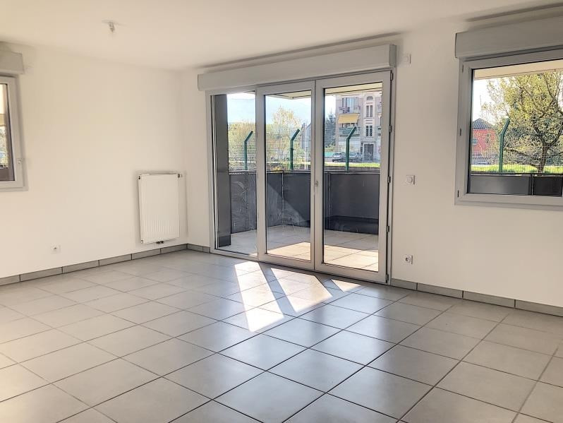 Location appartement Bassens 914€ CC - Photo 7