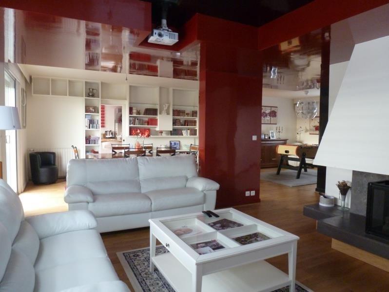 Deluxe sale house / villa Cebazat 527000€ - Picture 1