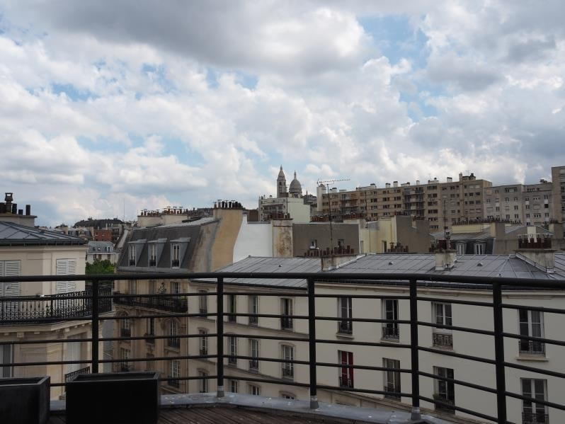 Location appartement Paris 18ème 2 900€ CC - Photo 1