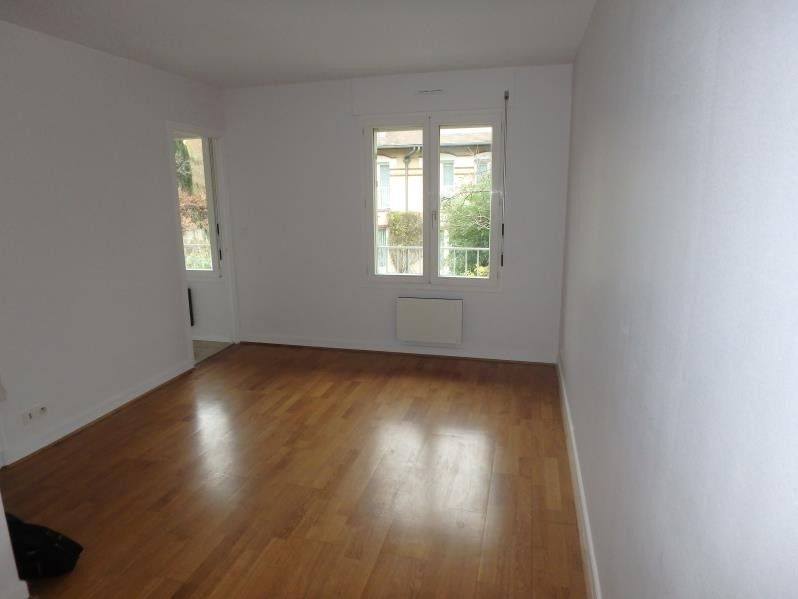 Location appartement Viroflay 626€ CC - Photo 1