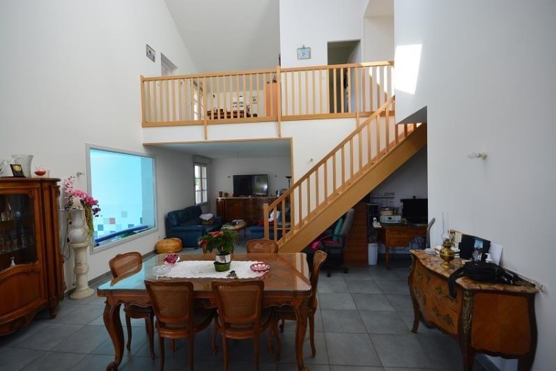 Deluxe sale house / villa Hieres sur amby 550000€ - Picture 2