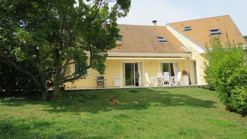 Sale house / villa Neauphle le chateau 750000€ - Picture 1