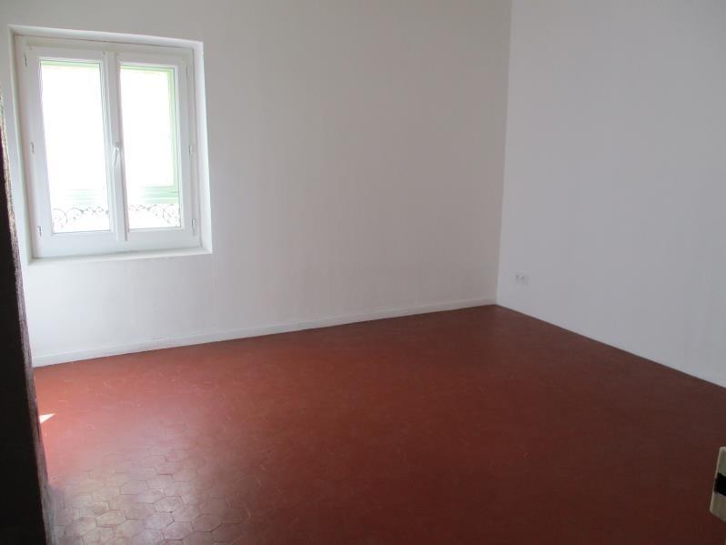 Rental apartment Grans 590€ CC - Picture 2