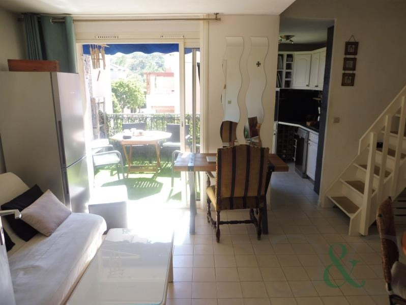 Vendita appartamento Le lavandou 250000€ - Fotografia 9