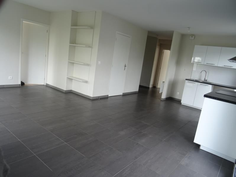Rental apartment Le port marly 1 177€ CC - Picture 3