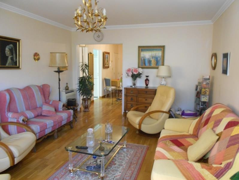 Sale apartment Nimes 189 000€ - Picture 3