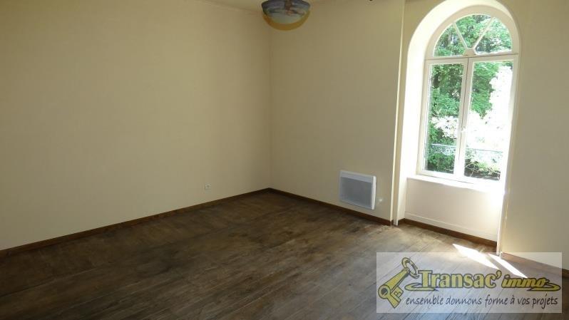 Sale house / villa Ceilloux 180000€ - Picture 5
