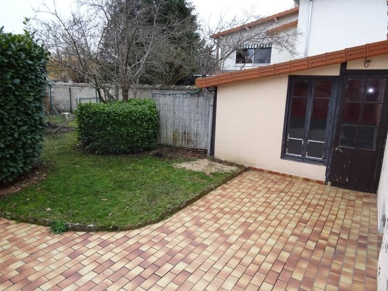 Rental house / villa Roanne 690€ CC - Picture 4