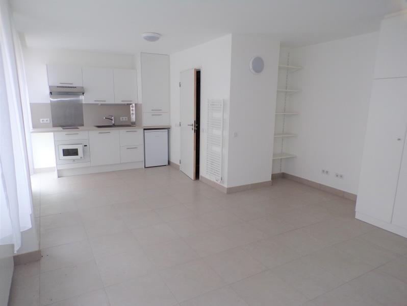 Sale apartment Guyancourt 168000€ - Picture 1